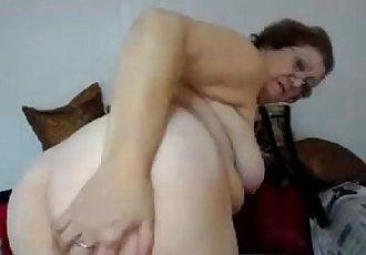 Granny Loreta - www.24camgirls.com - 3 min