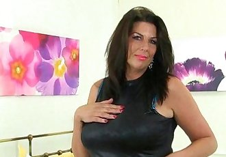 British milf Lulu and her big naturalsHD