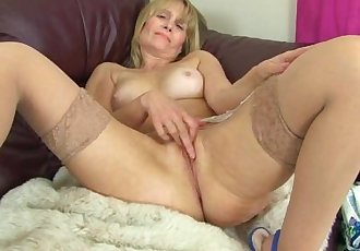 British milf Ila Jane reveals her hidden treasures
